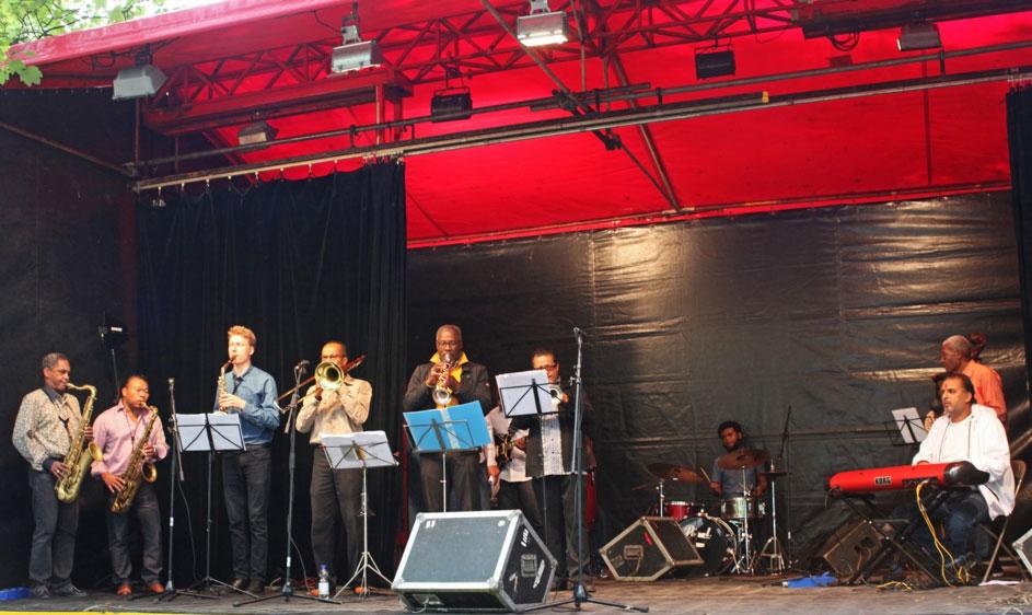 Damsko-op-het-Red-Light-Jazz-festival-2019-in-Amsterdam-page-nl