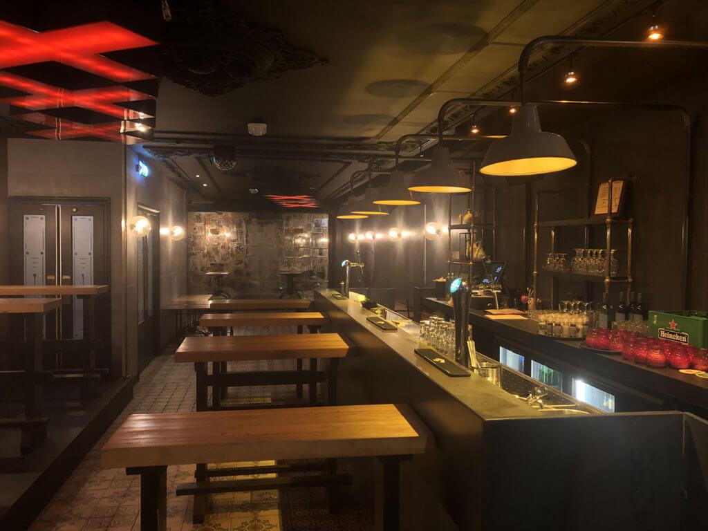 Heffer-Sports-bar-locatie-Red-Light-Jazz-Amsterdam