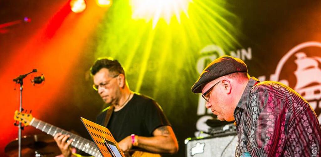 Jimmy-Haslip-en-Scott-Kinsey-vorig-jaar-op-Red-Light-Jazz