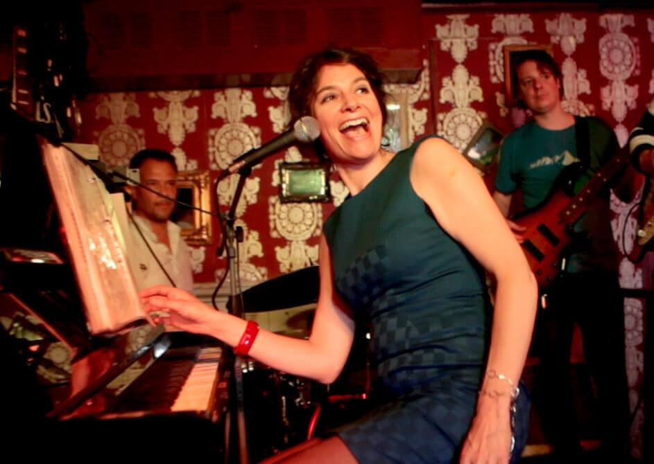 Ruth-Geerse-treedt-op-het-Red-Light-Jazz-2021